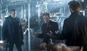 wentworth-miller-mark-hamill-liam-mcintyre-the-flash-running-to-stand-still-600x350