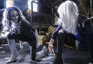 """Worlds Finest"" -- Kara gains a new ally when the lightning-fast superhero The Flash suddenly appears from an alternate universe and helps Kara battle Siobhan, aka Silver Banshee (Italia Ricci, left), and Livewire (Brit Morgan, right) in exchange for her help in finding a way to return him home, on SUPERGIRL, Monday, March 28 (8:00-9:00 PM, ET/PT) on the CBS Television Network. Photo: Robert Voets/Warner Bros. Entertainment Inc. © 2016 WBEI. All rights reserved."