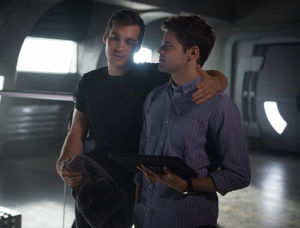 """Supergirl -- """"Survivors"""" -- Image SPG204a_0041 -- Pictured (L-R): Chris Wood as Mike/Mon-El and Jeremy Jordan as Winn Schott - Photo: Diyah Pera/The CW -- © 2016 The CW Network, LLC. All Rights Reserved"""